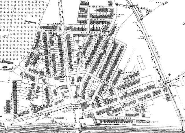 Published 1894-96, this shows the Bedford Park of Jonathan T Carr but with a few later additions, for example the south end of Esmond Road